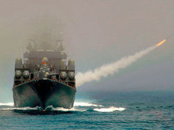Путин приказал начать внезапные военные учения на Черном море