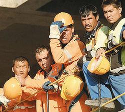 Таджикские мигранты выразили недоверие представителям власти