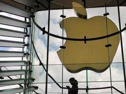 Акции Apple обвалились на 2,5 процента с начала торгов