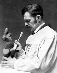 125 лет со дня рождения основателя кубизма в скульптуре – Александра Архипенко