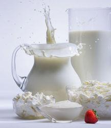 Молоко спасает от болезней сердца и улучшает память