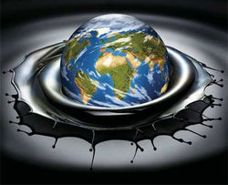 Избыток производства и сокращение потребления не дают подняться рынку нефти - трейдеры