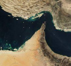США снова решили показать «военные мускулы» в Ормузском проливе