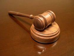 Депутат, избивший девушку, оштрафован на 17 тысяч гривен