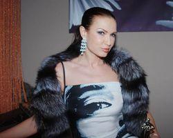 Актриса Эвелина Бледанс попала в аварию