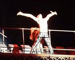 Леди Гага стало нехорошо прямо на сцене