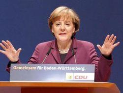 Партию Меркель обвиняют в мошенничестве в Твиттере
