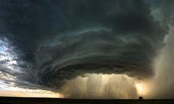 В США прошло 20 торнадо за день - последствия