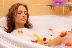 Горячая ванна поможет одолеть одиночество – ученые