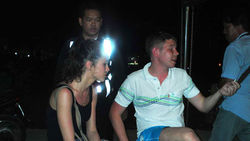 На вещевом рынке в Таиланде на воровстве поймали пару из России