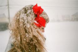 Нравы школьниц Украины: подруги хотели повесить свою одноклассницу на шарфе