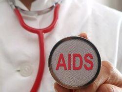 Из-за эпидемии СПИДа узбеков будут проверять по возвращении домой