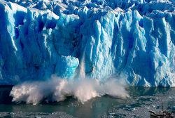 Более быстрое таяние льда в Антарктиде грозит потеплением и потопом на Земле