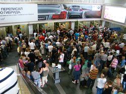 Почему в Пулково стоят большие очереди у паспортного контроля?