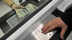 Запрет обмена наличной валюты вызвал панику на «черном рынке» Узбекистана