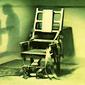 Туристам: в Италии из электрического стула сделали аттракцион