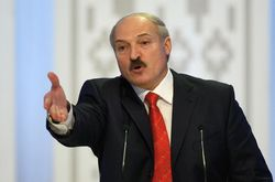 """Лукашенко предложил """"целевым образом выкристаллизовывать"""" верных людей"""