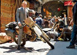 """""""007: Координаты 'Скайфолл"""" бьет рекорды проката с 11 млн. долларов"""
