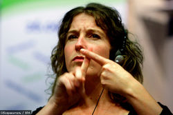 Язык жестов станет доступен для перевода