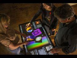 46-дюймовый планшет от Ideum и Touch Systems