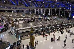 Из-за кражи паспортов россияне 4 дня провели в аэропорту Бангкока