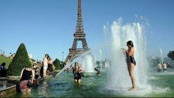 Туристам: Западную Европу от Британии до Сицилии накрыла дикая жара