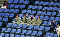 Пустые трибуны Олимпиады-2012 заполняют военными