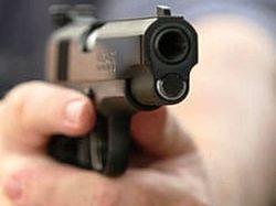 Киевлянина расстреляли за отказ уступить место женщине