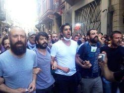 Сулейман из «Великолепного века» вышел на протестную акцию в Турции