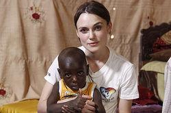 Кира Найтли пожертвовала личной жизнью ради спасения африканских детей