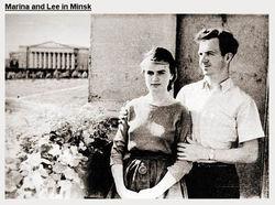 Супруга убийцы Кеннеди продает обручальное кольцо мужа