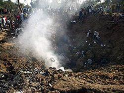В Нигерии из-под обломков самолета достали 5 живых людей