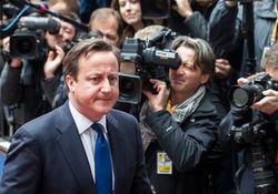 Британские СМИ уличают жену премьера Кэмерона в адюльтере
