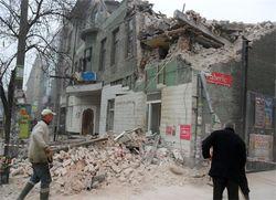 Днепропетровск: рухнул дом. На его месте появится еще один... торговый центр