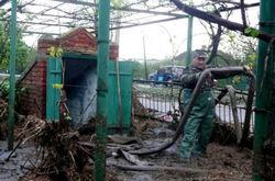 В Одесской области из-за ливней вода прорвала дамбу и подтопило село
