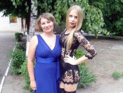 Мама павлоградской выпускницы попыталась объяснить поступок дочери
