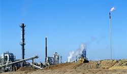 Стоимость нефти понизится в два раза под давлением сланцевой революции