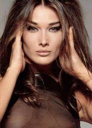 PR и мода: Карла Бруни будет представлять бренд Bulgari