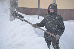 Инспекция Азарова по Киеву закончилась на Дарницком мосту – хода нет