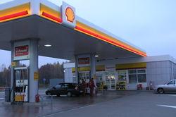 Швейцарцы все чаще покидают заправки, не расплатившись за бензин