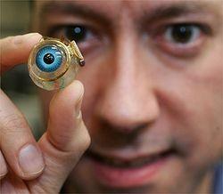Ученые придумали глазной протез, с помощью которого люди смогут видеть