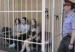 Большинство россиян не сочувствуют Pussy Riot