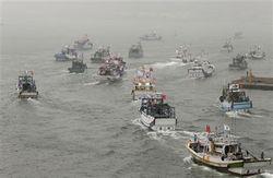 Битва за острова: Японские и тайваньские корабли использовали пушки