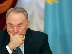 Назарбаев меняет правительство Казахстана