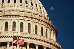 Парламенты России и США переходят на личности