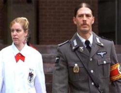 Адольфа Гитлера, по вердикту суда, оставили без отца