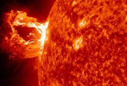 Гигантские вспышки на Солнце могут быть опасны для Земли
