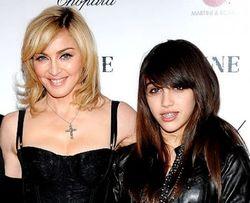 Мадонна очень строго наказала свою дочь Лурдес