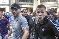 """4 """"братков"""" предстанут перед судом за нападение на журналистов 18 мая"""