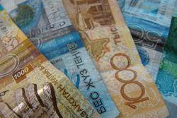 Курс тенге укрепился к еврo и швейцарскому франку